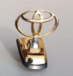 Sigla originala Toyota Land Cruiser J100